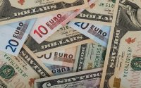 Dollar Slips Over Trade Deal Confusion, GBPUSD Enjoys New High