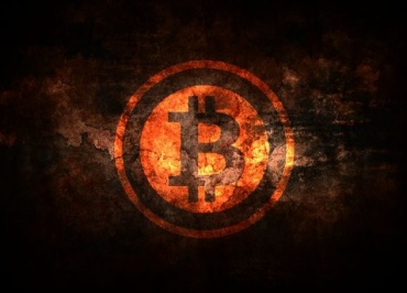 Bitcoin Recovers by 10%; Experts Predict a Drop's Inevitability