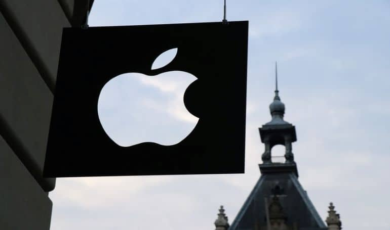 3 Major Stocks to Monitor Next Week Include Apple