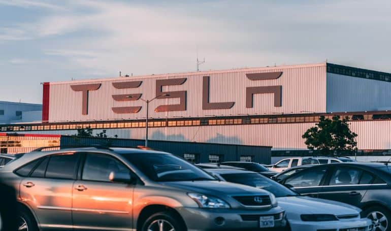 Tesla CEO Talks about Bitcoin in a Podcast Session