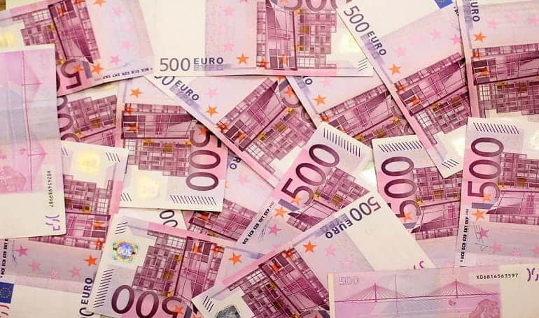 Euro Shares Rebound with No News on US-Iran Tensions